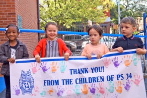PS 34 students thank Participatory Budgeting and Council Member Stephen Levin for their new playground