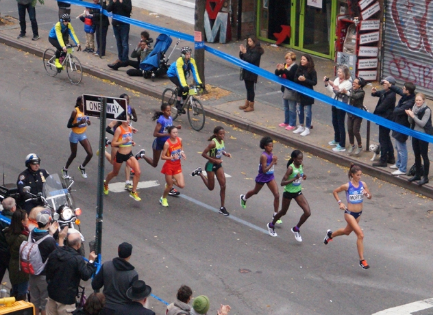 2015 Marathon women leaders